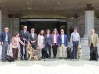 Perros guía en la Asamblea Regional Murcia
