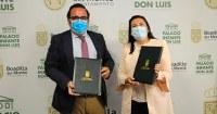 El alcalde de Boadilla del Monte, Javier Úbeda, y la directora de la FOPG, María Jesús Varela